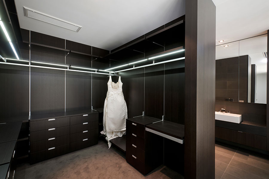 A Complete Wardrobe System Solution Nnickson Amp Burke